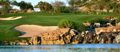 Beautiful golf course in Las Vegas near Red Rock Resort